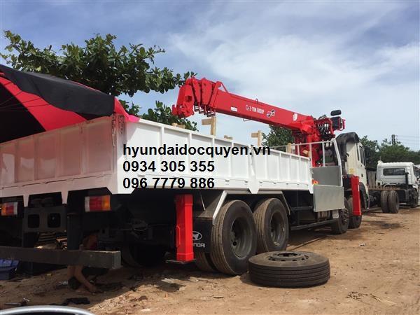 xe cẩu hyundai hd320 4 chân kanglim 10 tấn ks2605 4