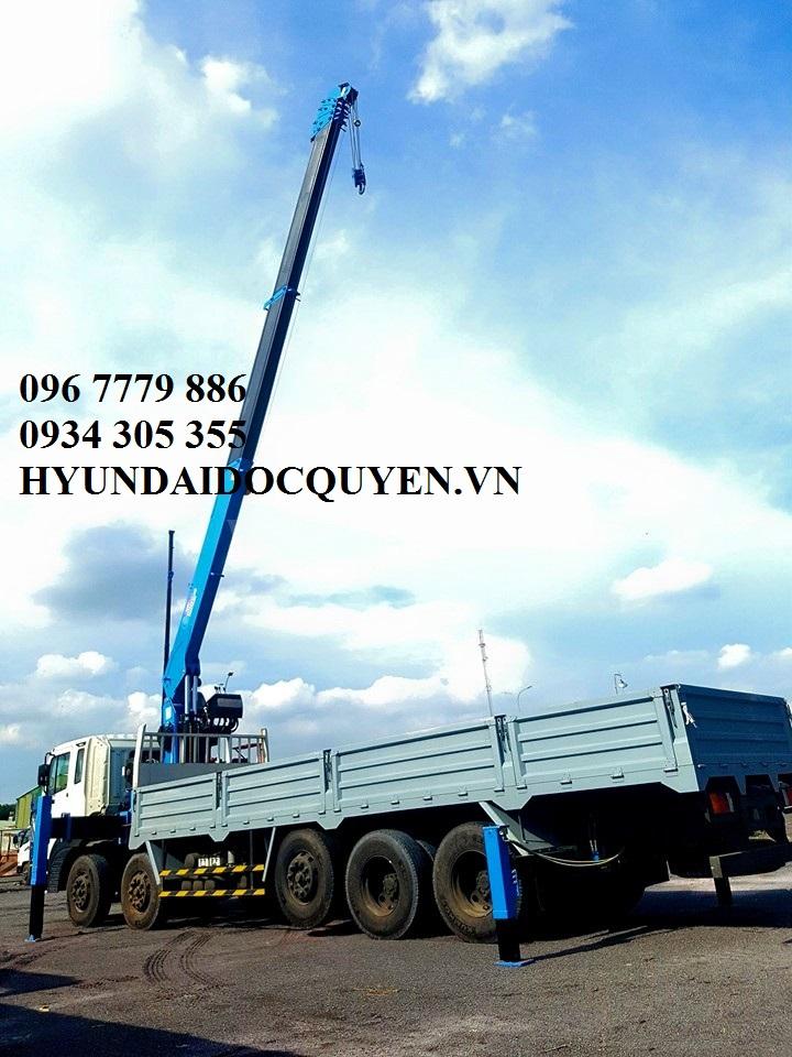 hd360 5 chân gắn cẩu 7 tấn