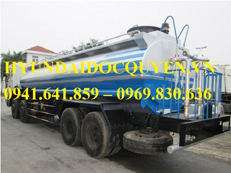 Xe-nước-rửa-đường-tưới-cây-Hyundai-HD320