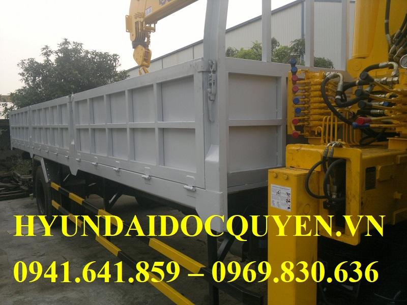 hyundai-hd320